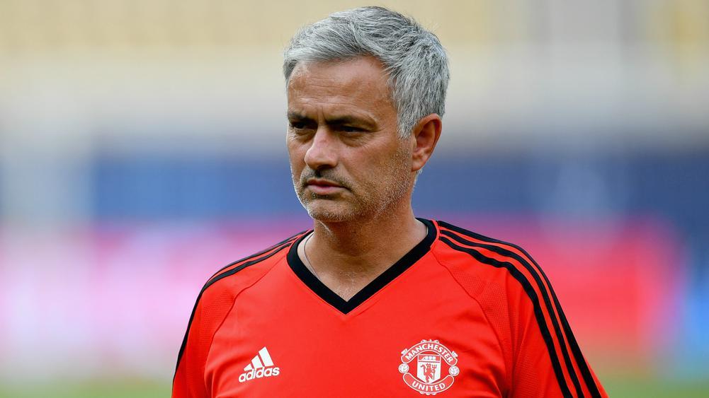 Mourinho predicts six Premier League title contenders