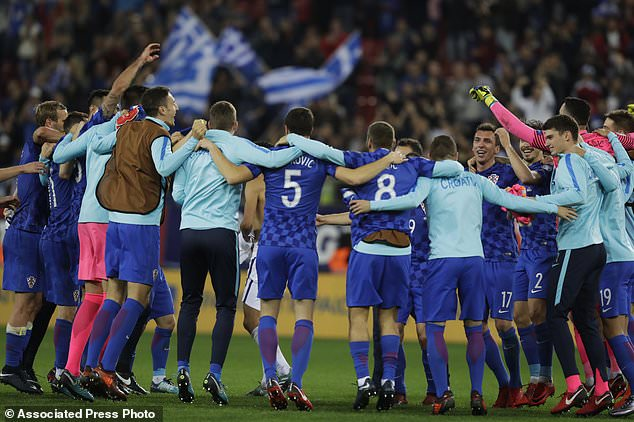 Euro 2012: Greece closer to qualification after Croatia win