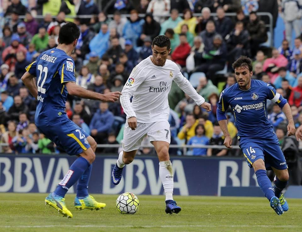 """Real Madrid apply """"manita"""" to Granada (5-1)"""