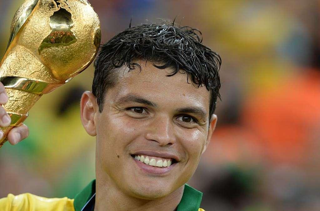 Tito Vilanova wants to sign Thiago Silva - report